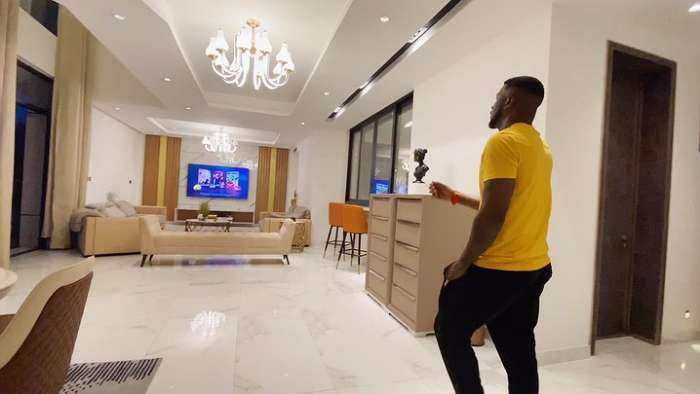 Mr. P thrills his fans with elegant interiors of his mansion and it's mind blowing (video)