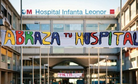 "Abraza tu Hospital Infanta Leonor"" en mayo de 2013."