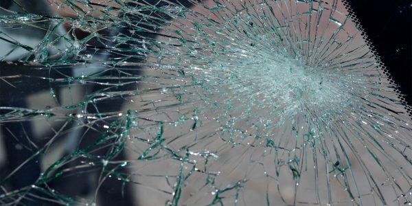 vetro distrutto_2