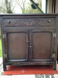 Red Kite Lodge Cabinet before .....