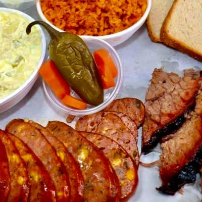 Anything you can ask for from a barbecue restaurant is available at Reyna's.