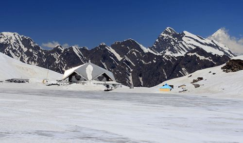 Hemkund Sahib in May, all snow clad the lake is frozen