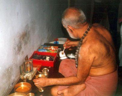 Swamigal doing Neivedyam