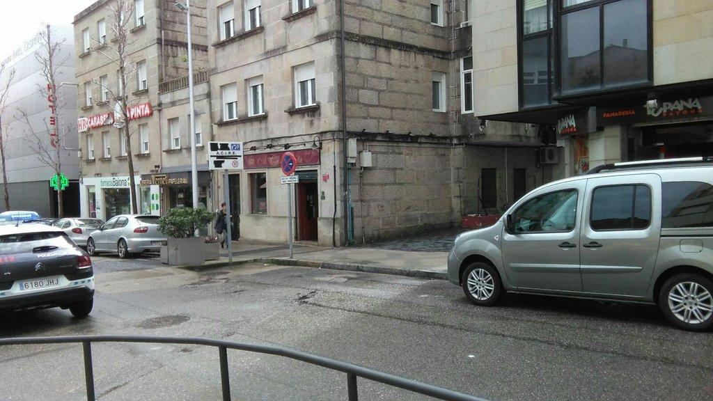 2017-03-31 – Cruce das rúas Cidade de Vigo e Carabela La Pinta