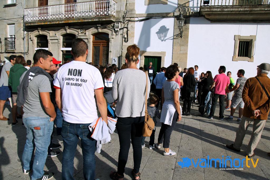 VECIÑOS DE BAREDO NO DÍA DA HISPANIDADE