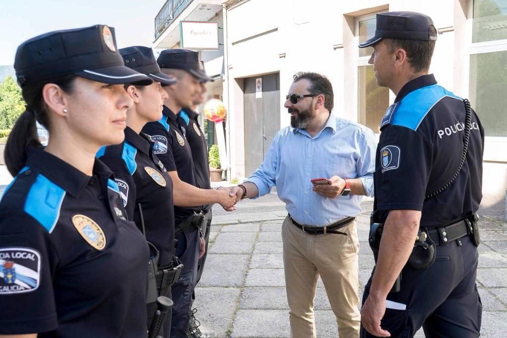 CATRO AUXILIARES INCORPÓRANSE Á POLICÍA LOCAL DE GONDOMAR