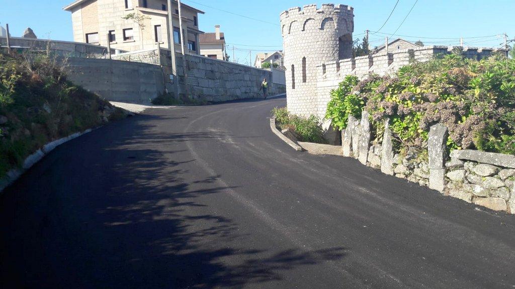 2018-09-16 – Obras de ampliación y pavimentación Camiño Cabreiro Baredo(1)