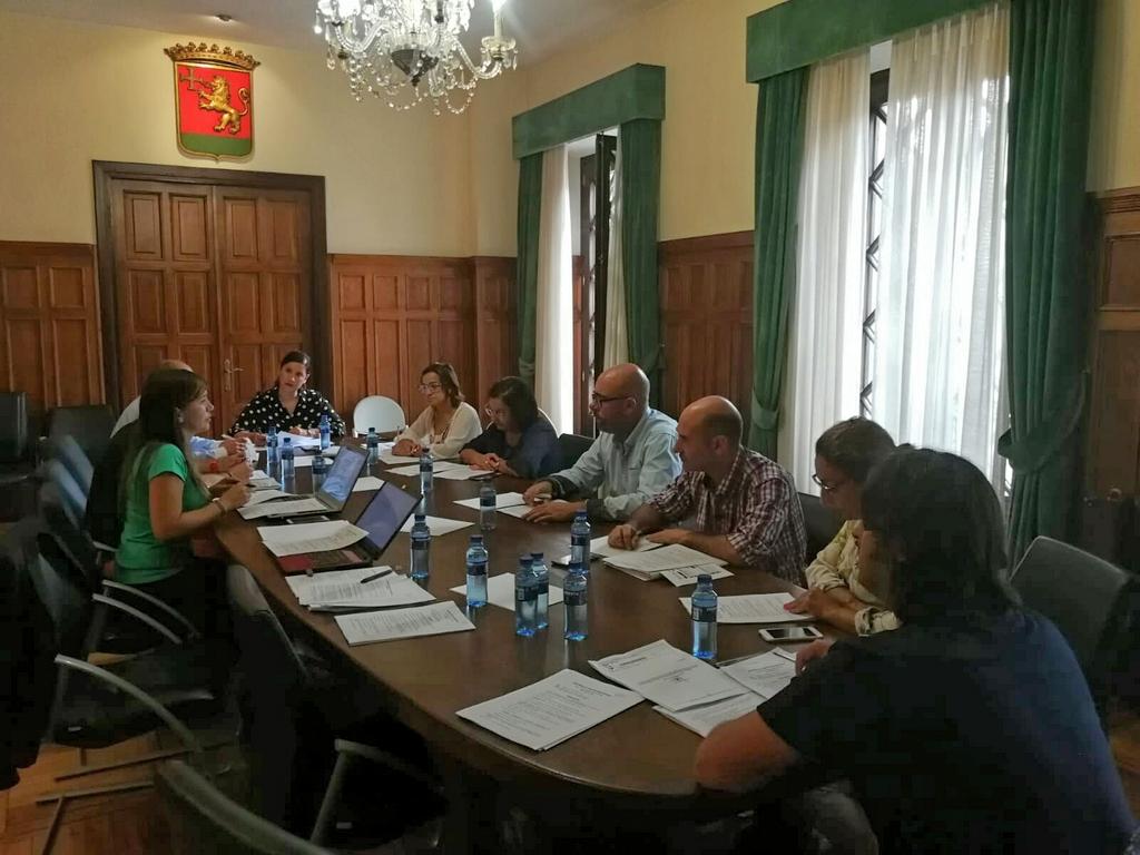 2018-09-25 – Asamblea Villas Marineras Septiembre Llanes