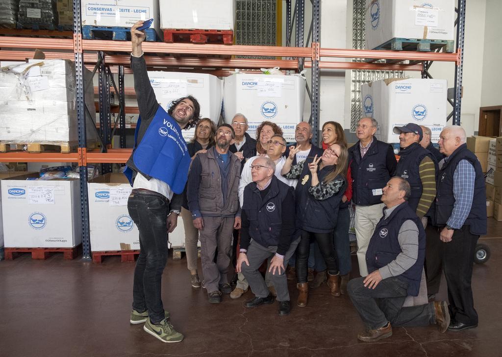 2018-11-20 – David Amor selfie con voluntari@s