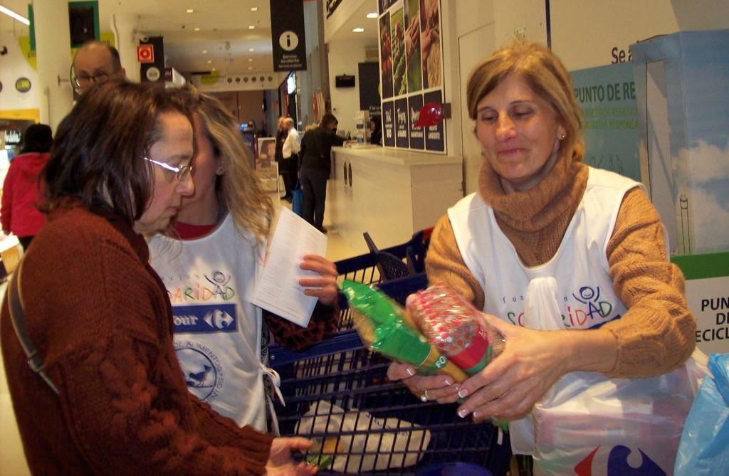 2019-04-08 – voluntari@s Carrefour Vigo