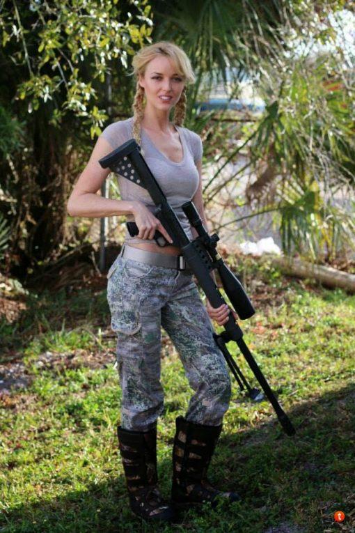 gun girl 10