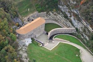 forte_di_Cadine_-_Trentino