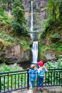 The impressive Multnomah Falls