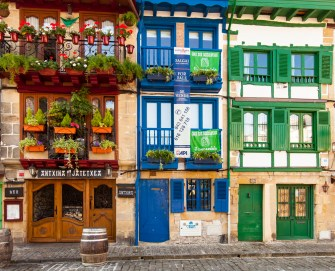Hondarribia's old town