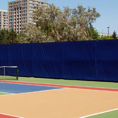 Crosscourt Solid Windscreen 12