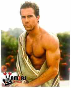 vamers-venator-september-2012-ryan-reynolds-02