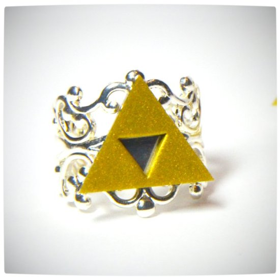 Vamers - Geekosphere - SUATMM - OhMyGeekness by Jess Firsoff - Legend of Zelda TriForce Ring