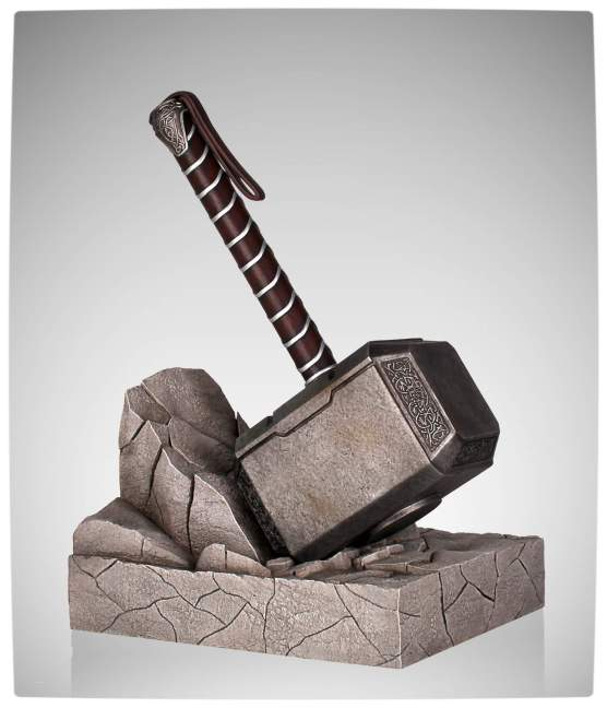 Vamers - SUATMM - Keeps Your Books Safe with this Gorgeous Thor Hammer Bookend - Full