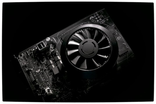 Vamers - FYI - Gadgetology - Nvidia debuts the Maxwell chipset with the GTX 750 and GTX 750Ti - Nvidia GTX 750Ti Naked B&W