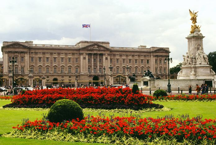 Vamers - Artistry - The World of The Last of Us- Envisioning a Post Apocalyptic Future - Buckingham Palace