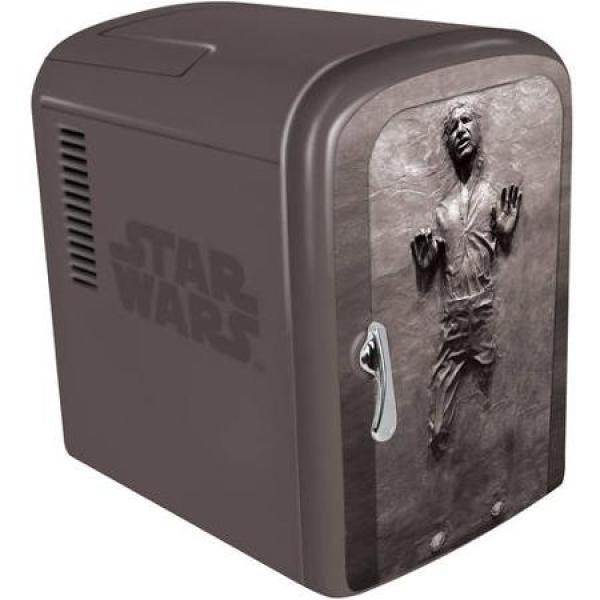 Vamers - All - FYI - Video Gaming - Star Wars Battlefront Deluxe Comes with a Han Solo in Carbonite Fridge - 01