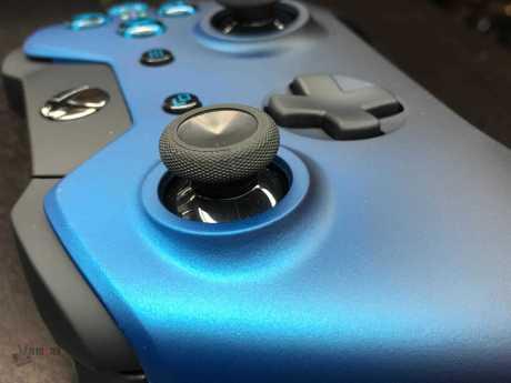Vamers - FYI - Gaming - Gadgets - Xbox One Dusk Shadow Controller Gorgeously Celebrates Nightfall - 09