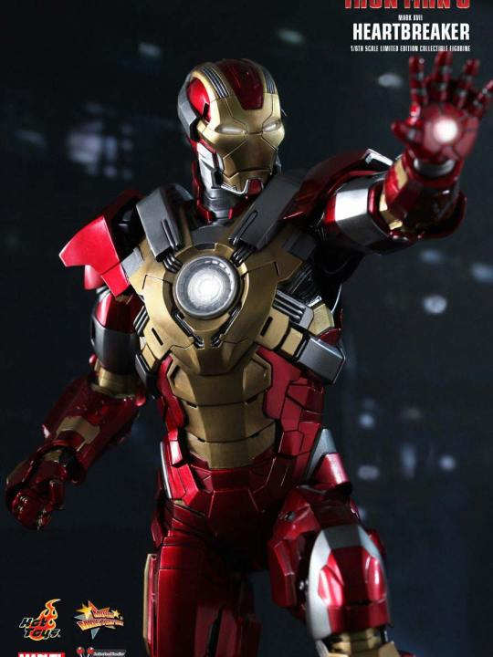 Vamers Store - Hot Toys - MMS212 - Iron Man 3 - Iron Man Mark XVII Heartbreaker 04
