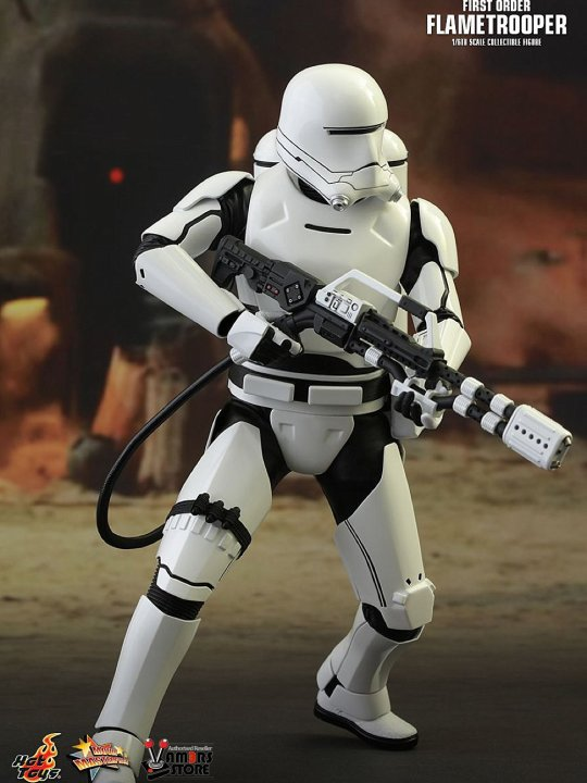 Vamers Store - Hot Toys - MMS326 - Disney's Star Wars Episode VII The Force Awakens - First Order Flametrooper - 03