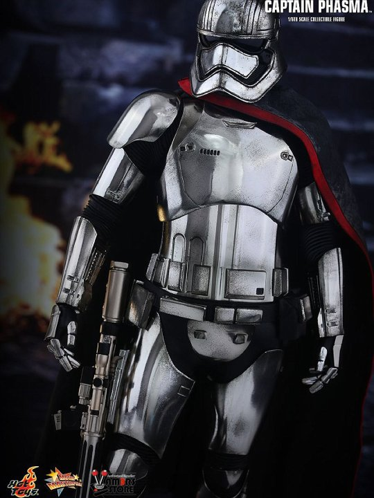 Vamers Store - Hot Toys - MMS328 - Disney's Star Wars Episode VII The Force Awakens - Captain Phasma - 07