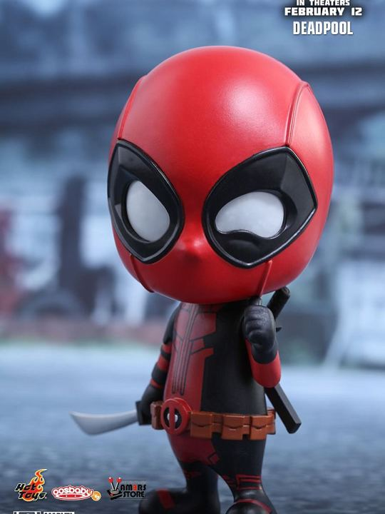 Vamers Store - Hot Toys - COSB219 - Marvel's Deadpool - 02