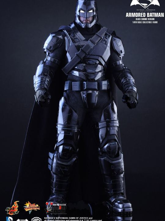 Vamers Store - Hot Toys - MMS356 - Batman v Superman DOJ - Armoured Batman (Black Chrome Version) - 01