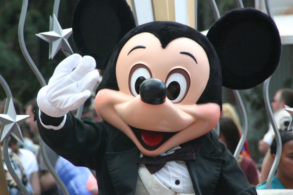 Como chegar na Euro Disney
