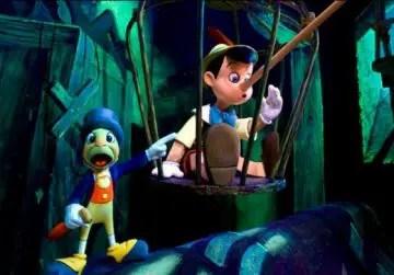 Pinocho atracciones niños disney
