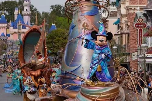 Magic Happens: Tips Para el Nuevo Desfile en Disneyland
