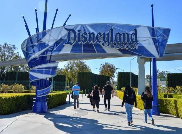 Disneyland Abrirá el 1ro de abril
