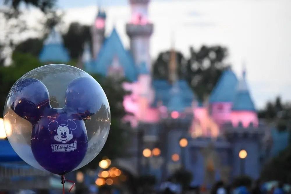 Ir Primero a Disneyland o Disney California Adventure