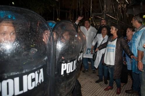 Buenos AIres 9 abril 2017 Carpa de los docentes en plaza de los congresos foto Rolando Andrade Stracuzzi ley 11723