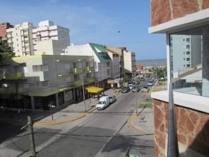SAN BERNARDO: Deptos de 2 y 3 ambientes a una cuadra del mar
