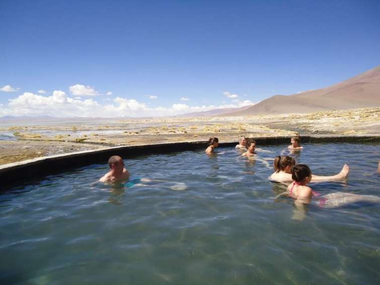 Travessia entre Deserto do Atacama e Salar do Uyuni