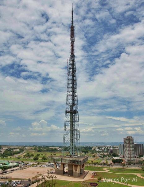 visita a Torre de TV, Palácio do Planalto e Palácio da Alvorada em Brasília