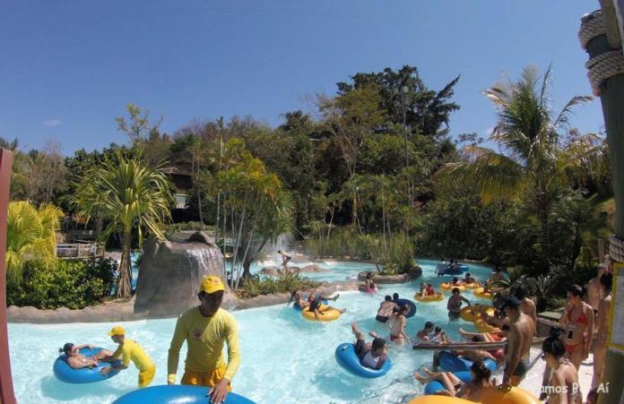 Atrações do Hot Park: Lazy River, Hot Park
