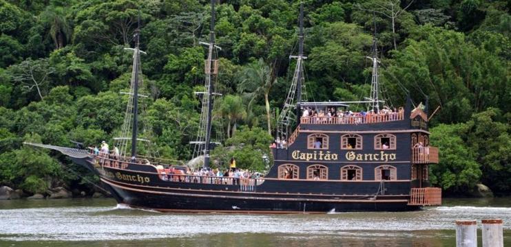 Navio Pirata em Balneário Camboriú
