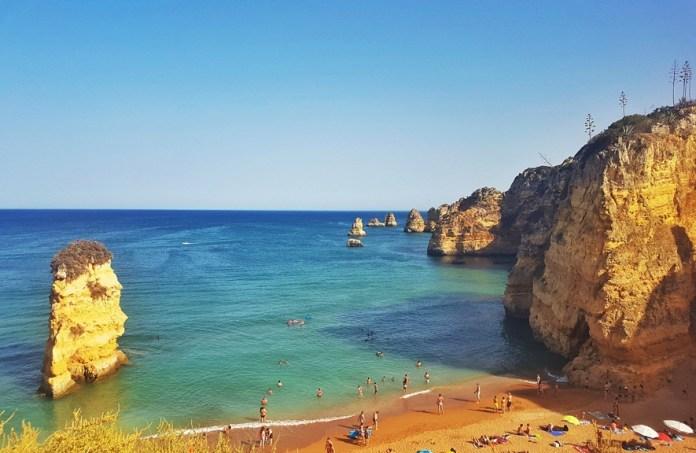 Belas cidades em Portugal: Praia da Dona Ana, Algarve