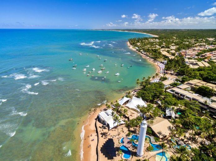 praias para viajar para o brasil em dezembro