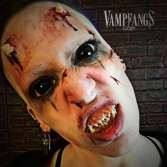 Black Sclera Contact Lenses - Vampfangs