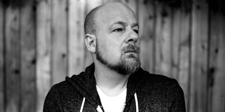 nightmare-cinema-interview-director-david-slade-this-way-to-egress-53bb34ik98