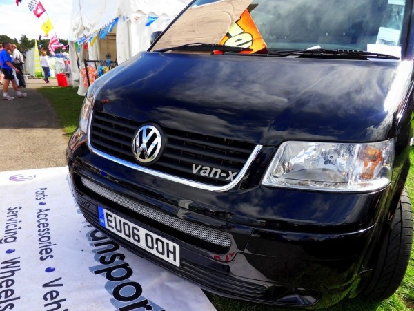 Front Surround Grille Trim for VW T5 Transporter -1329