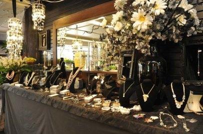 Jewelry Section Van Belle Flowers