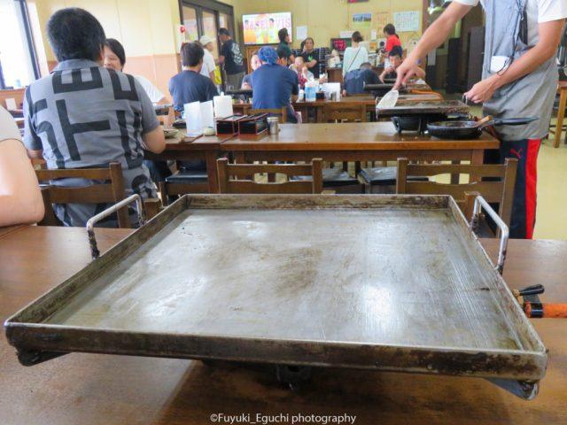 亀八食堂の鉄板