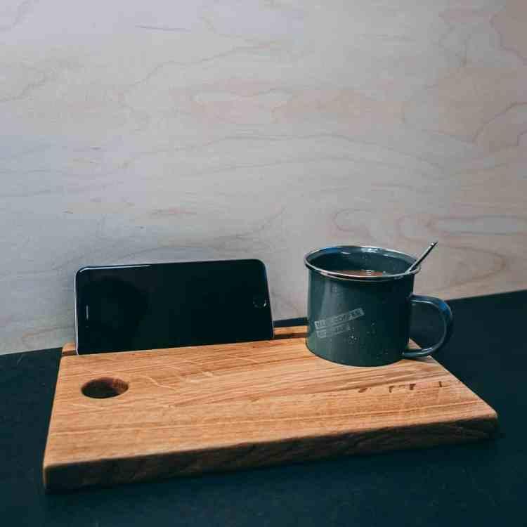 VAN BRANCH   MAKE COFFEE NOT WAR Frühstücksbrett und Tasse